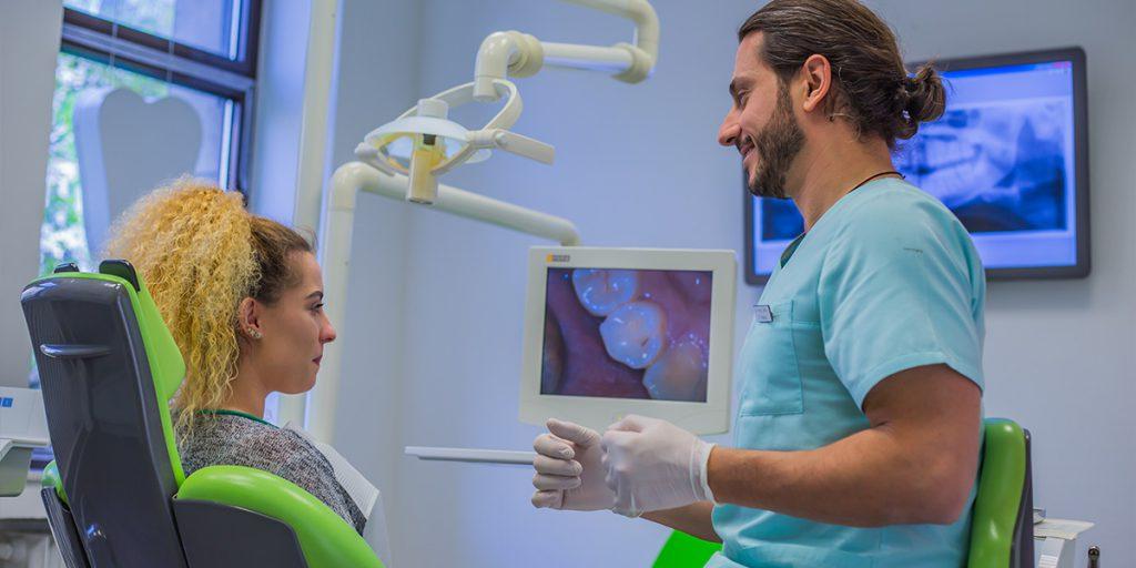 Prophylaxe Behandlung Zahnarztpraxis Düsseldorf